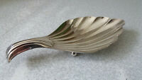 LOVELY VINTAGE SILVER PLATED RIBBED SERVER DISH -  8 X 4 INCHES