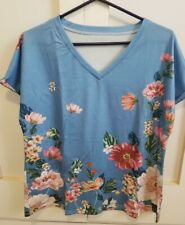Woman's Summer V-Neck Top Blouse Size LARGE  #1