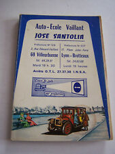 CODE DE LA ROUTE , AUTO - ECOLE VAILLANT LYON . VILLEURBANNE . BON ETAT .