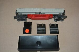 Postwar Lionel 3359-55 Train Freight Car Operating Dump with Accessories