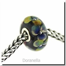 Authentic Trollbeads Glass 61404 Flowers on Indigo :1