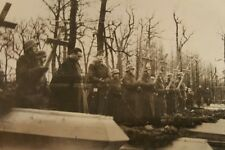 VINTAGE WW2 FUNERAL GERMANY SOLDIERS CROSS COFFIN ZAROLY HELMETS RARE OLD PHOTO