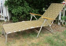 Vtg ALUMINUM Folding Chaise Lounge LAWN CHAIR Patio Camping Wood Handle Brown