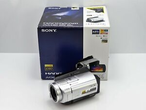 SONY HANDYCAM HDR-SR5E CAMCORDER BOXED 40GB HARD DRIVE HD HIGH DEFINITION VIDEO