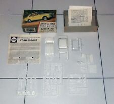 Model Kit AIRFIX FORD ESCORT Auto Scale 32 Kit Series 2 M210C - 1:32