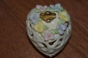LENOX - Porcelain China Heart & Floral Pierced Covered Trinket Box-Valentine-NIB