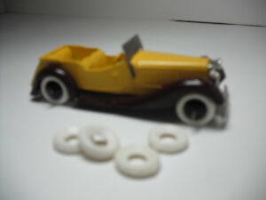 NEW TIRES! PRE-1948 DINKY15MM O/D FINE TREAD WHITE TIRES. SET OF 4