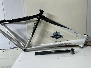 "Giant Xtc A1 Carbon / Alloy Frame 26"" Wheel Large Frame 19.5"""
