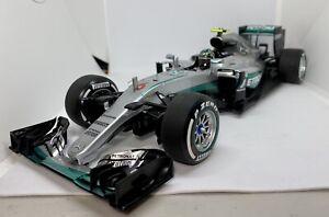1/18 F1 Minichamps Mercedes Petronas W07 2016 Nico Rosberg World Champion