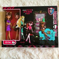 MONSTER HIGH SET COFFIN BEAN PACK 2 DOLL 2011 COLLECTABLE NEW IN BOX!