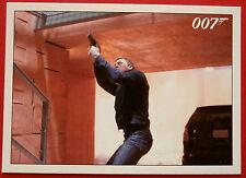 JAMES BOND - Quantum of Solace - Card #075 - Bond Gets Off A Clear Shot