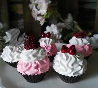Wasserfest Kleine Deko Petit Fours Törtchen Macarons Makronen Muffin Cupcake