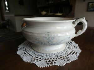 "Antique KERMIT N. G. Co. China DAISY FLORAL Handled CHAMBER POT - 8"" x 4 5/8"""