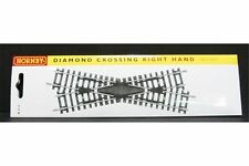 HORNBY R615 OO 1/76 Right Hand Diamond Crossing 168x181mm