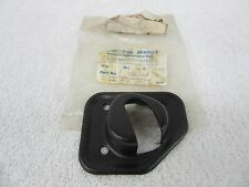 NOS 1984-2004 Jeep Chrysler  RH Rear Seat Lock Striker Bracket 8955000416 dp