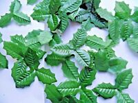 100 SMALL triple HOLLY silk LEAVES/CRAFTS/WEDDING/decoration/CHRISTMAS/display