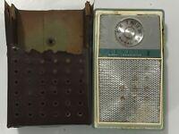 1965 Zenith Royal 59 AM 8 Transistor Radio Vintage  8MT52Z9 Parts only