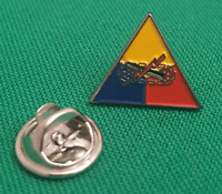 15mm Gift Idea 1st Armoured Division Enamel /& Metal Lapel Pin Badge