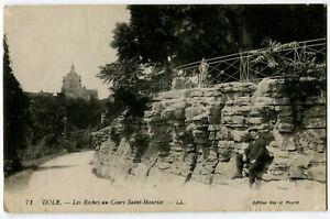 CPA 39 Jura Dole Les Roches au Cours Saint-Maurice animé