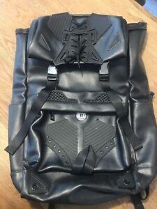 Kokon to Zai unisex rucksack black