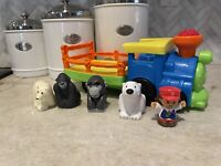Tested & Works Little People Choo-Choo Zoo Train with Conductor And 4 Animals P