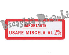 0640 - TARGHETTA ROSSA IMPORTANTE USARE MISCELA 2% VESPA 150 SPRINT VELOCE GL