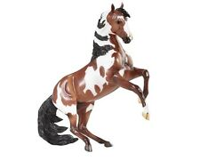 New Breyer Traditional Picasso - Mustang Stallion (scale 1:9)
