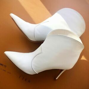 Gianvito Rossi Mable White Leather Ankle Boots Booties sz 38.5 / 8