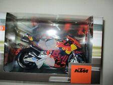 MINIATURE  KTM RC 16 MOTO GP 38 REPRO CONSTRUCTEUR 1/12 RED BULL SMITH