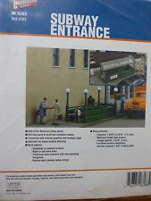Walthers Cornerstone HO #3762 Subway Entrance -- Kit - Builds 2 Complete Models