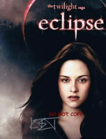 HAND SIGNED - BELLA  WITH COA - TWILIGHT SAGA ECLIPSE - KIRSTEN STEWART 8X10