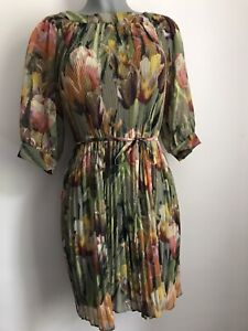Ladies TED BAKER Floral Pleated Dress Size 0 / XS
