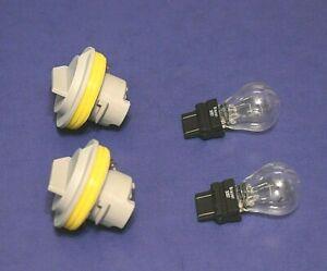 2 Tail Lamp Sockets /Bulbs 1996-2000 Grand Voyager Caravan 97-00 Town & Country