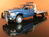 1/18 2002 DODGE RAM 1500 QUAD CAB WELLY CUSTOM FLATBED TOW TRUCK TRAILER RARE