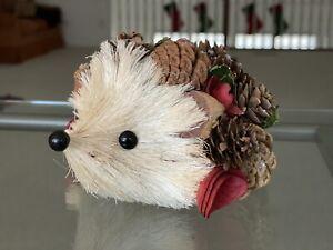 Christmas Decor - Pine Tree Porcupine - New