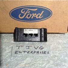 GENUINE FORD F3HZ-5793-A  /  D7HZ-5793-E  AXLE SEAT