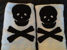SET 2 New WHITE HAND TOWELS BLACK SKULL CROSSBONES APPLIQUE Halloween PIRATE