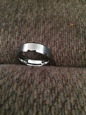 MENS TUNGSTEN CARBIDE RING- SIZE 11.5