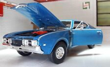 LGB 1:24 Scale 1968 Oldsmobile 442 4-4-2 24024 Detailed Welly Diecast Model Car