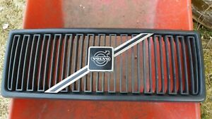 Used Volvo 240 Grille ALL BLACK Version 86-93 OEM RARE Turbo 242 244 245 GL GLT