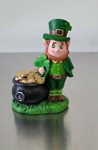 "St. Patrick's Day Leprechaun in Pot of Gold Figurine Shelf Sitter 4.25"" New"