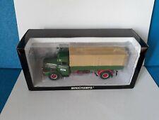 Minichamps 1:43 - Canvas truck MAN F8 1953 - green - red