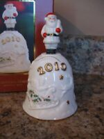Lenox $58 Porcelain China Annual 2010 Deck the Halls Holiday Musical Bell NIB