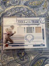 2005 Playoff Absolute Tott Baseball: Willie Mays Jersey/Pants/Bat 68/100