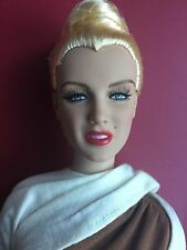 "Tonner Tyler Antoinette 16"" Marilyn Monroe In A Dream Fashion Doll No Box/Stand"