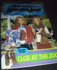New Adventures of Mary-Kate and Ashley The Case of the Clue at the Zoo Paperback