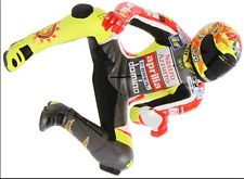Piloto V.Rojo Aprilia 250 1999 Riding 312990146 1/12 Minichamps