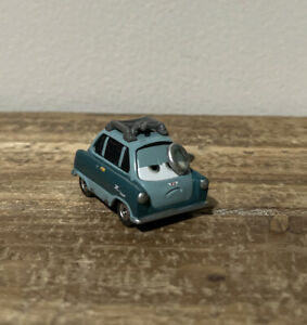 Disney Pixar Cars 2 Professor Z Rare! 3