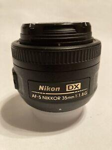 Nikon 35mm f/1.8G AF-S DX Nikkor Lens for Nikon Digital SLR Near Mint Condition