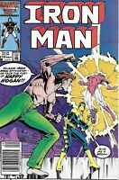 Iron-Man Comic Issue 210 Copper Age First Print 1986 Fingeroth Bright Delarosa